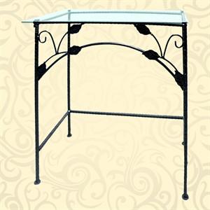 Прямоугольный столик в прихожую