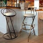 Барные стулья - вечный стиль