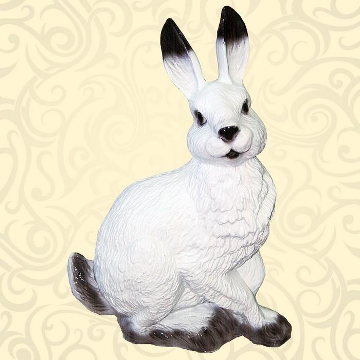 Фигура для дачи заяц