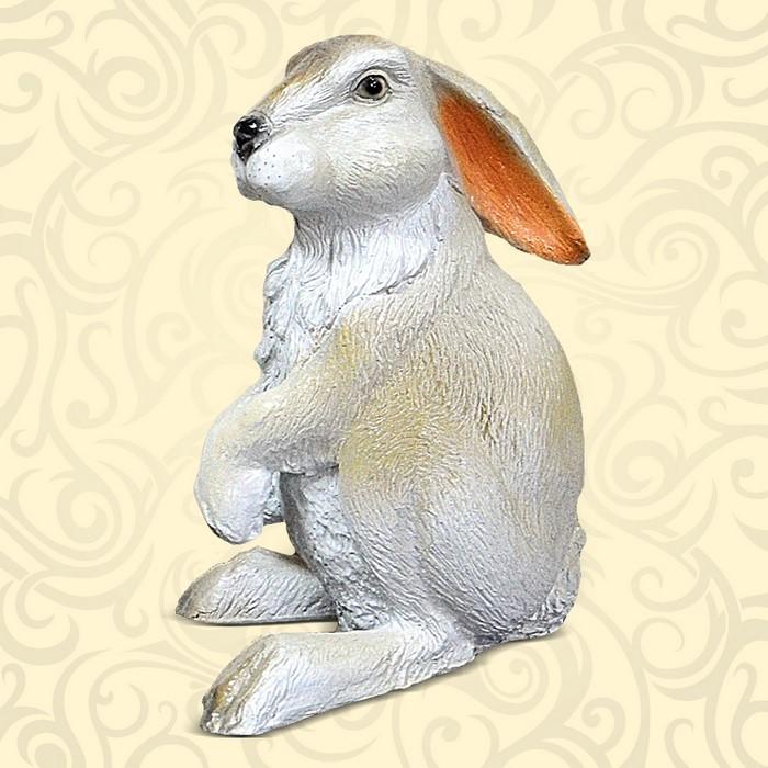 Декоративная фигура заяц