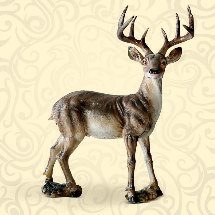 Парковая фигура животного