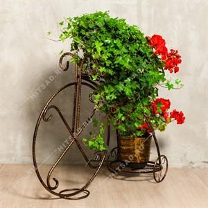 Стойка на 3 цветка велосипед