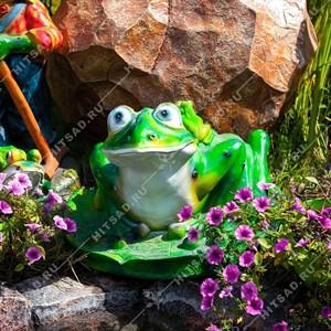 Садовая фигура Лягушка большая