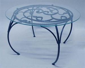 Кованый декоративный стол