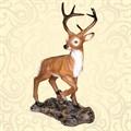 Садовая скульптура олень